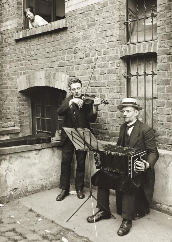 Street Musicians, 1922-28 (1922 - 1928)