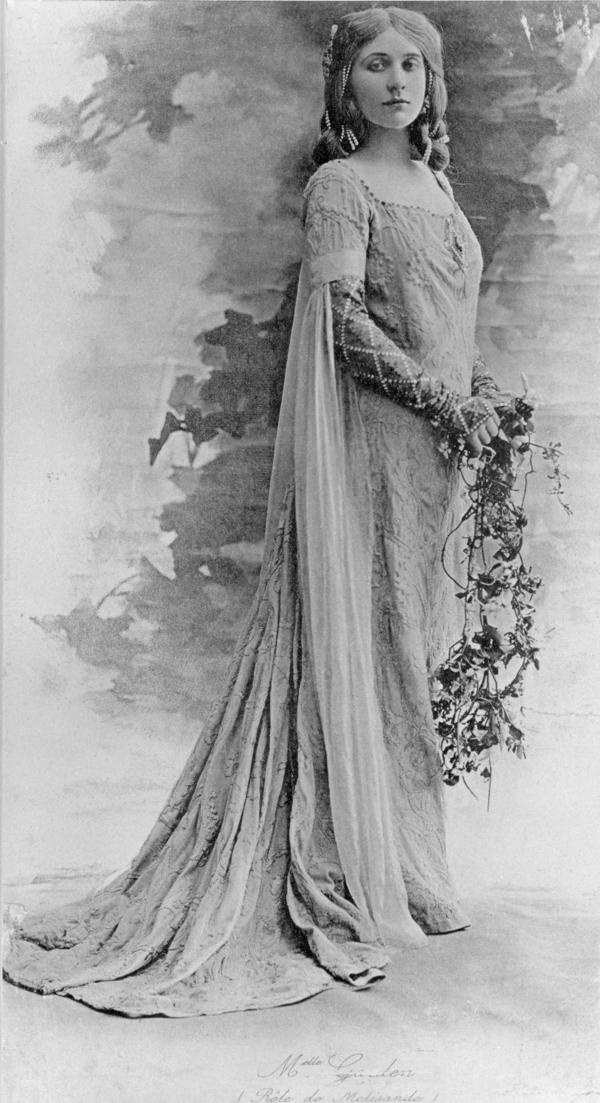 Mary Garden, 1874 - 1967. Opera singer