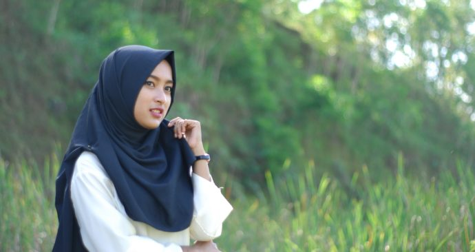 hijab-2352893_1920