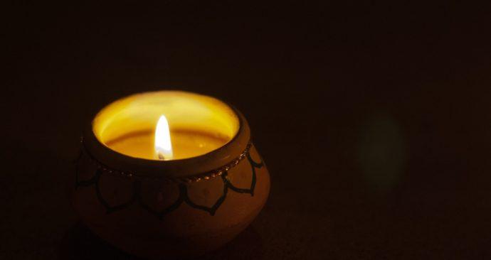 candle-2560694_1920
