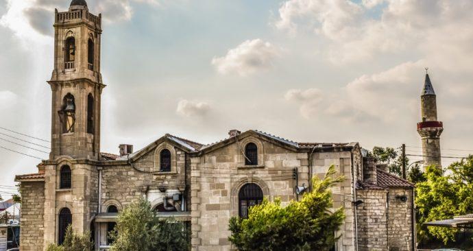 church-2615744_1920