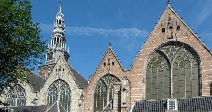 old-church-2800906_1920