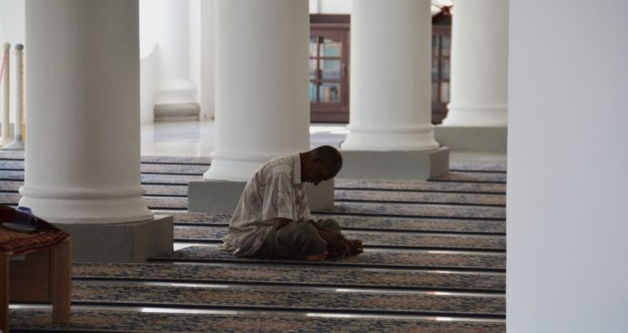 mosque-1428607_1920