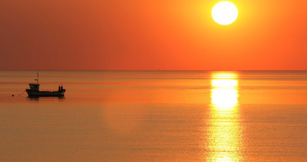 sunset-2639323_1920