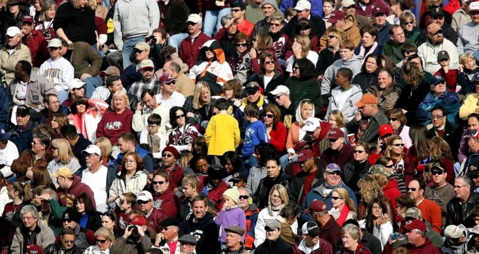 crowd-of-people-1488213_1920
