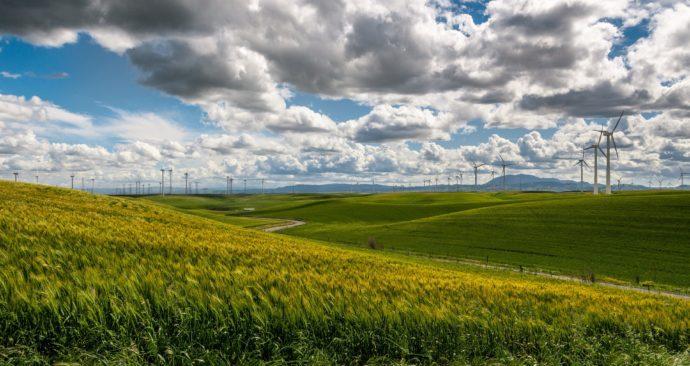 wind-farm-1209784_1920