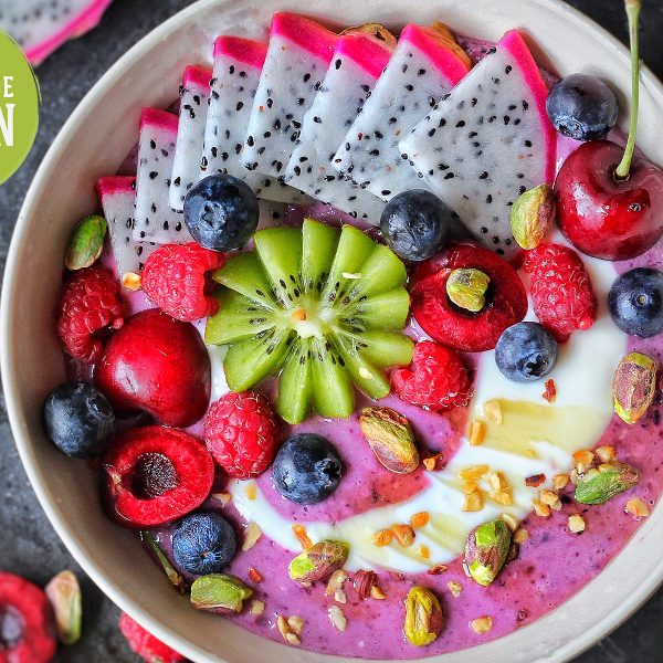 Berry Protein Breakfast Bowl