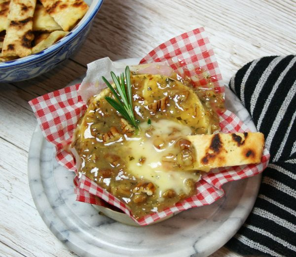 Baked Camembert with Rosemary Pecan Caramel & Gluten-Free Flatbreads