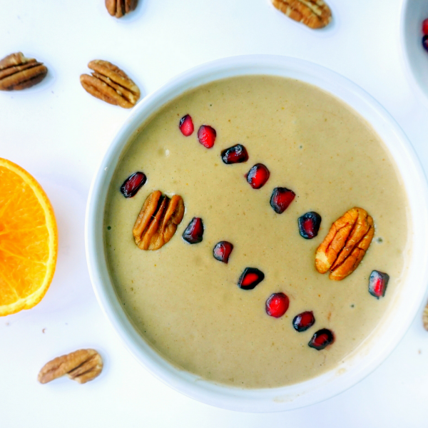 Perfect Pecan Smoothie Bowl