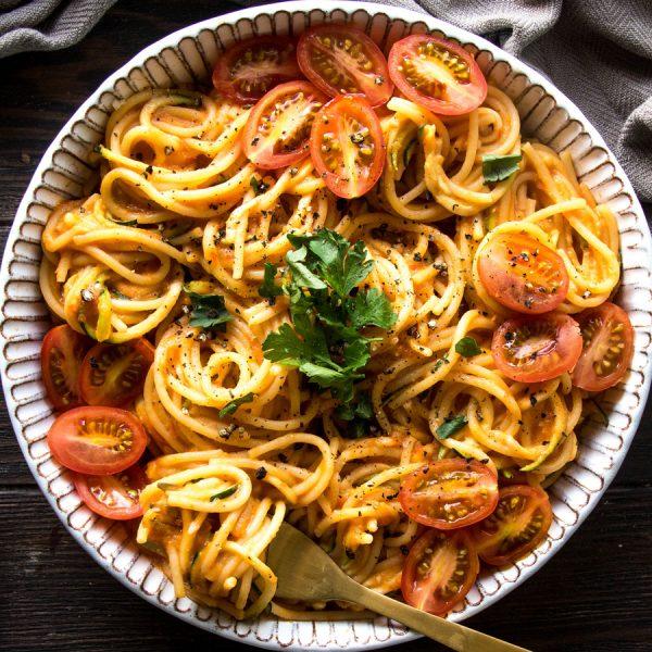 Vegan Creamy Tomato Spaghetti