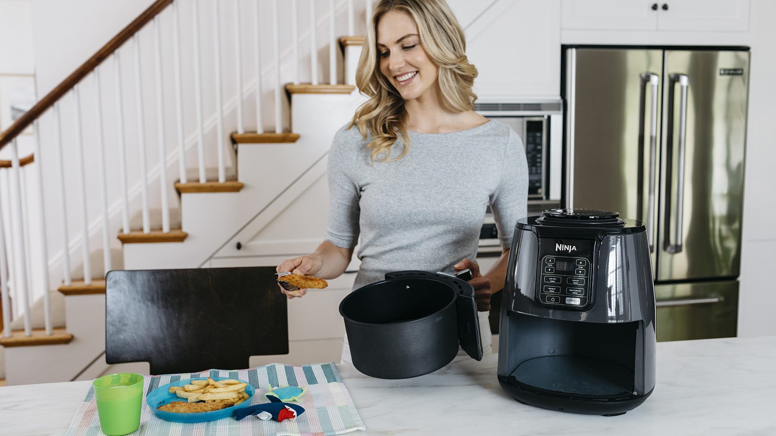 Feed the family with the Ninja Air Fryer AF100UK