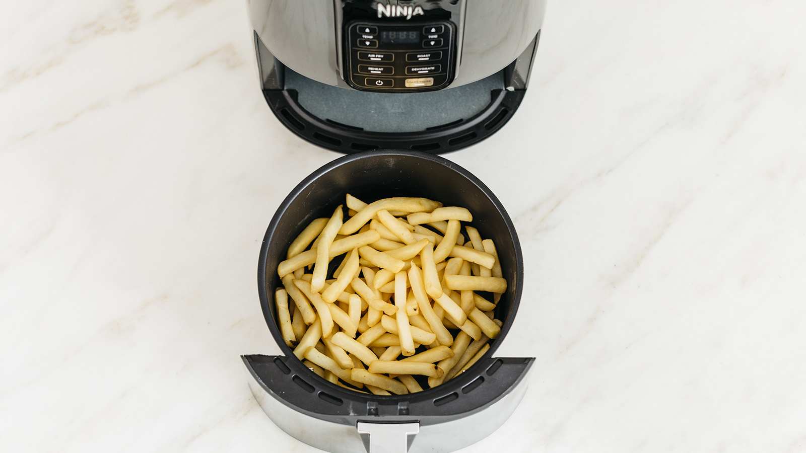 Feed the whole family with the Ninja Air Fryer AF100UK