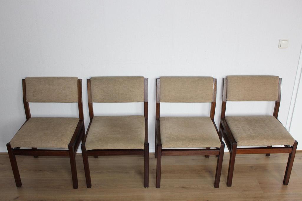 Design Pastoe Stoelen : Cees braakman voor pastoe 4 stoelen uit de japanse serie model