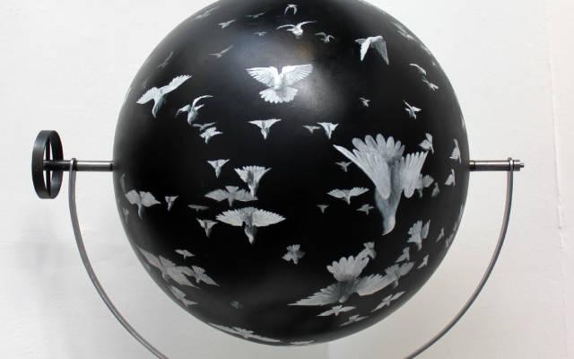 Flock-II-Acrylic-on-sphere-60cm-diameter-steel-armateur
