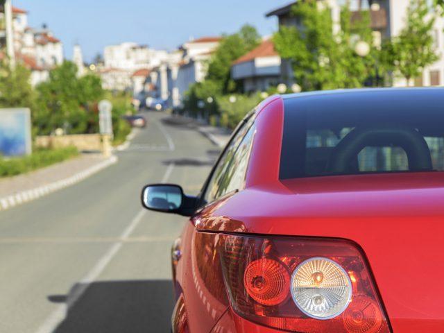 3 cosas que debes tener en cuenta para alquilar un auto en Miami
