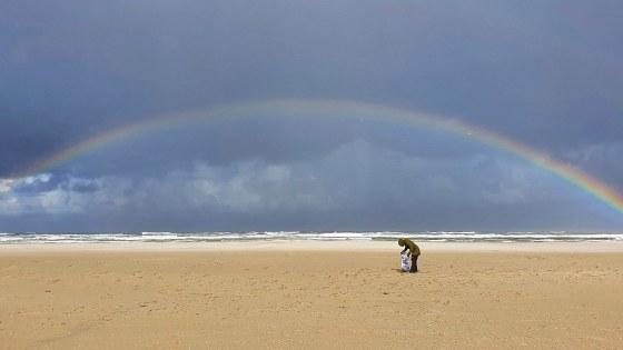 Marijke strandafvalonderzoek regenboog