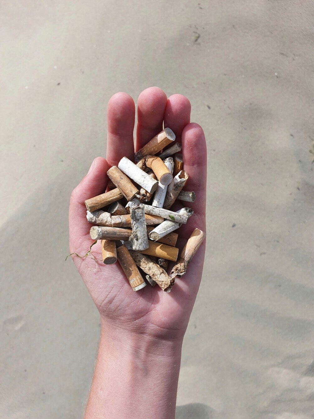 strandafval-sigarettenfilters
