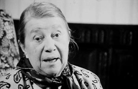 Pauline Carton et ses débuts