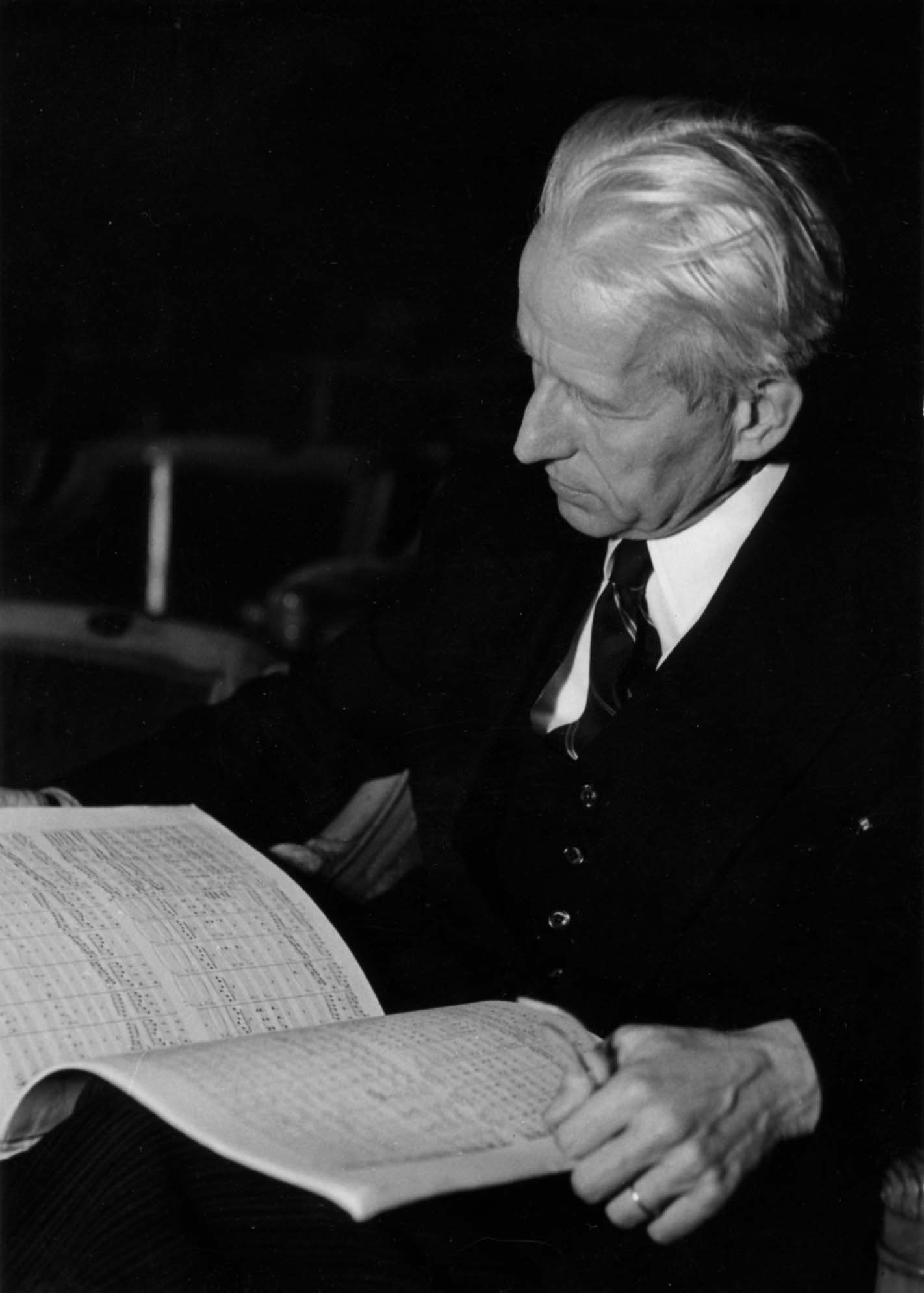 Franz von Hoesslin à Radio Paris