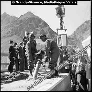 La dernière benne du barrage de la Grande-Dixence