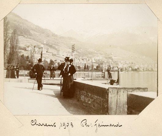Le débarcadère de Clarens, vue sur Montreux