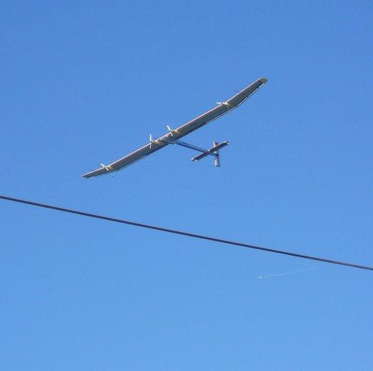 Solar Impulse dans le ciel de Villette