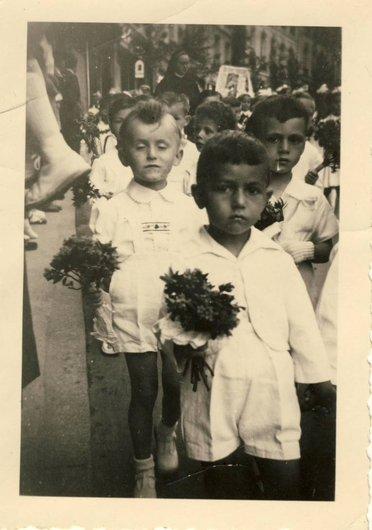 Fête Dieu Fribourg 1952 ??