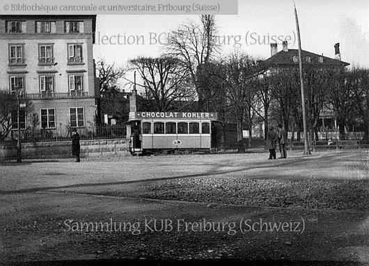 Fribourg. Tram près de la Gare