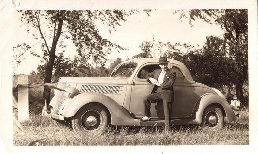 Arthur et ses voitures, avec mon auto, Détroit