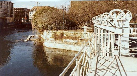 Rideaux de séparation au Pont de la Machine  1980