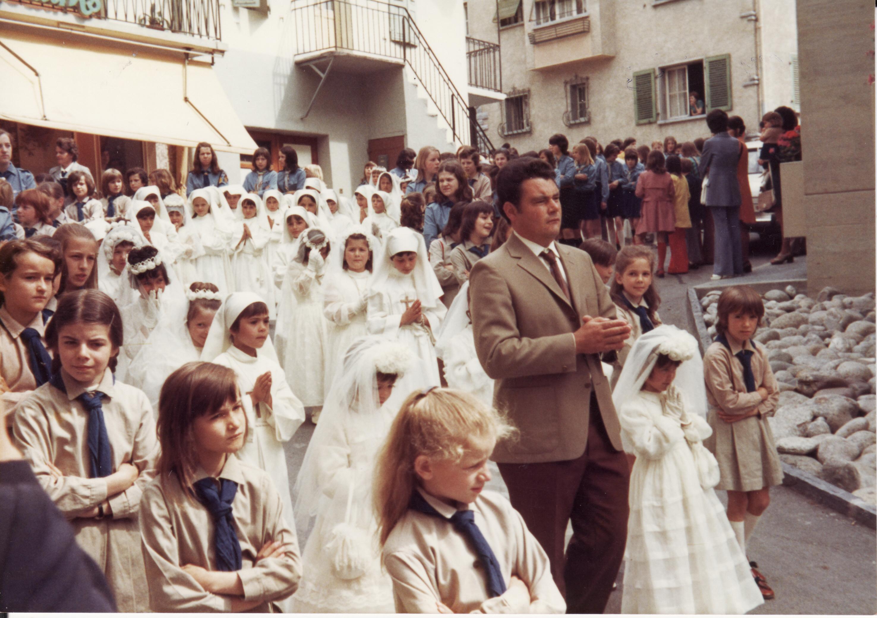 La première communion en 1973
