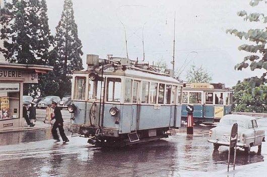 Le tram CCB au terminus de Clarens-Gambetta