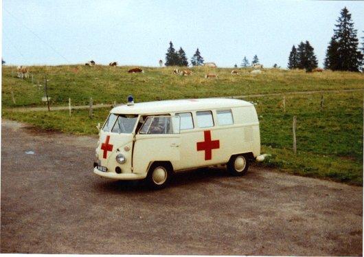 Ambulance militaire en 1983 aux Grandes Pradières/NE
