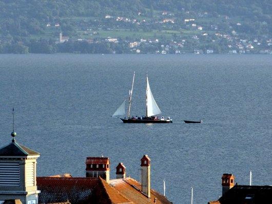 """Barque La """"Vaudoise"""" au large de Lutry"""