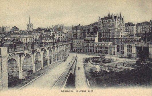 Lausanne, le Grand-Pont, la place et la gare du Flon,  à plus de cent ans d'intervalle !