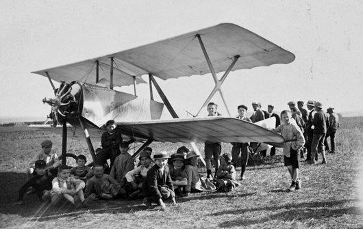 Biplan à Giez (VD), juin 1919