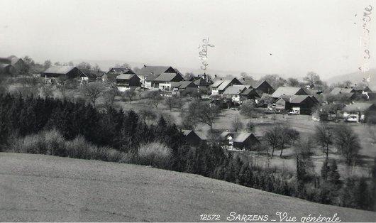 Sarzens,  commune d'origine de la famille de Victor Desarzens
