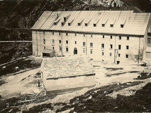 Hospice du Grand-St-Bernard