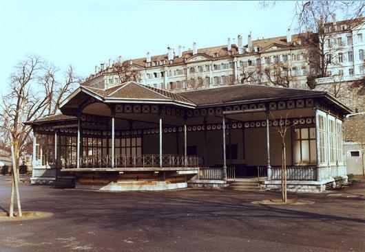 Le kiosque du Jardin des Bastions