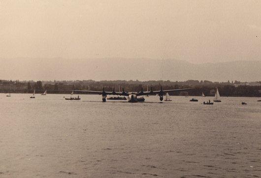 """Hydravion """"Latécoère"""" en rade de Genève"""