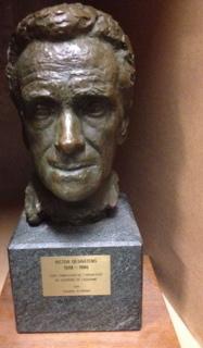 Hommage à Victor Desarzens par Casimir Reymond sculpteur