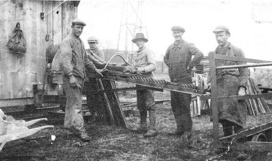 Lentigny les ouvriers de la tourbière