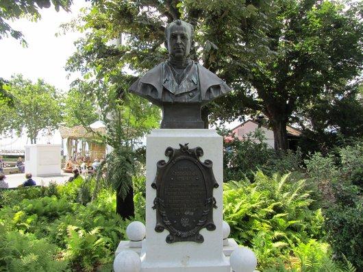 Lausanne Ouchy statue de I. Kapodistrias