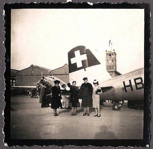 Arrivée d'un avion Swissair à Rome