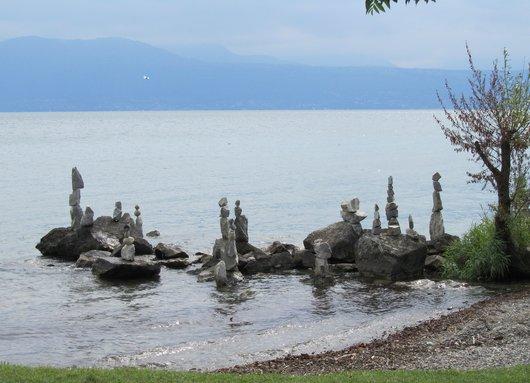 Sculptures de cailloux (cairns) de Daniel Dunkel