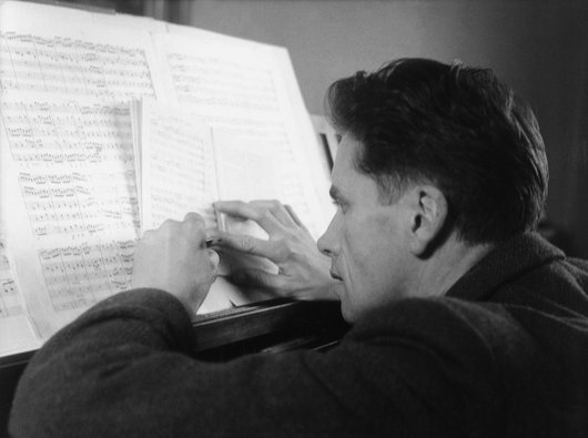 Victor Desarzens; un long travail de préparation au piano