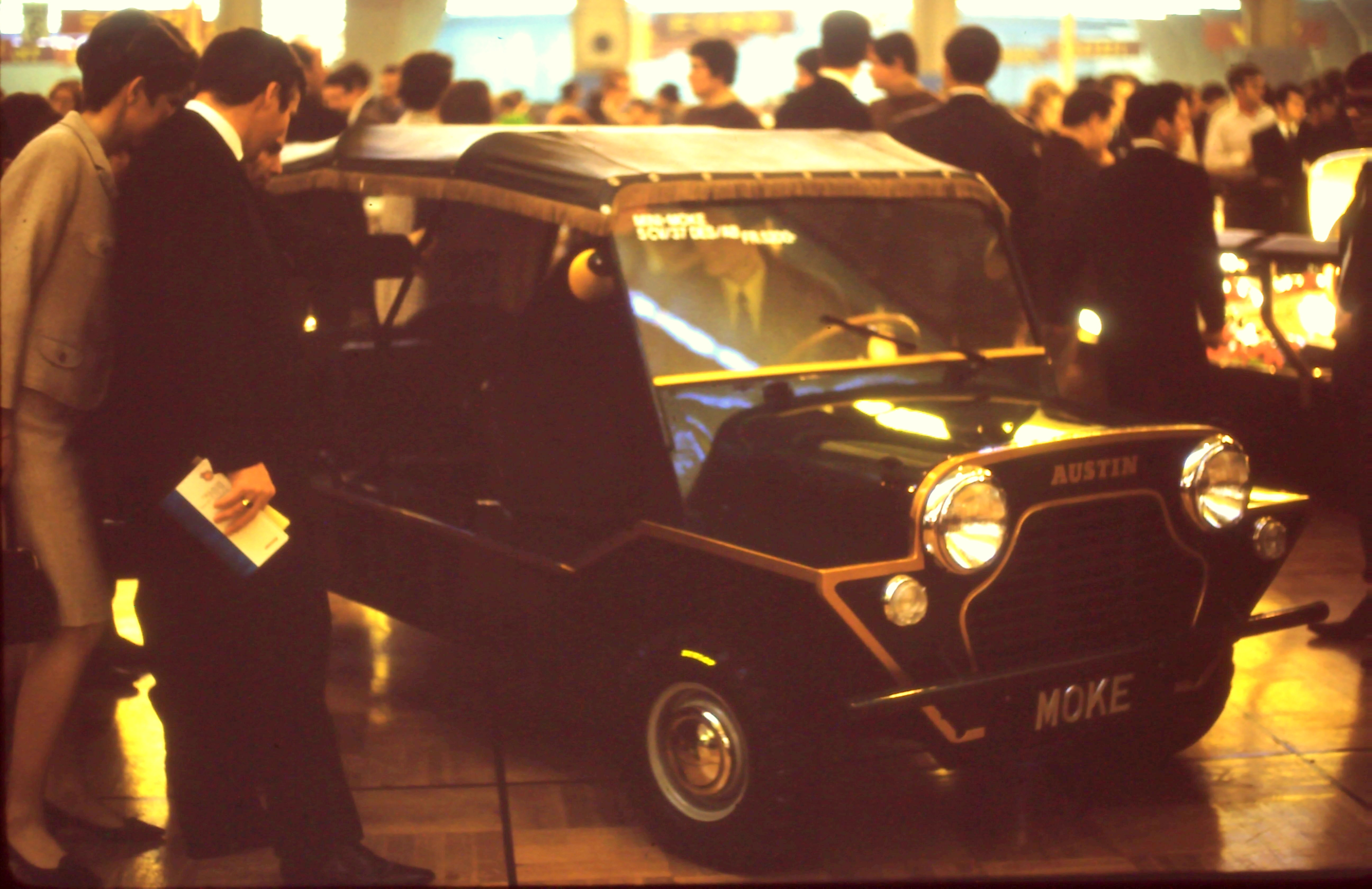 Auto Salon Genève '68 - La nouvelle Mini Moke