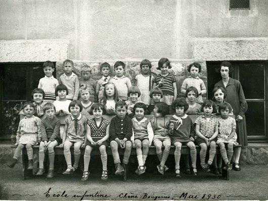 Ecole enfantine de Chêne-Bougeries en mai 1930
