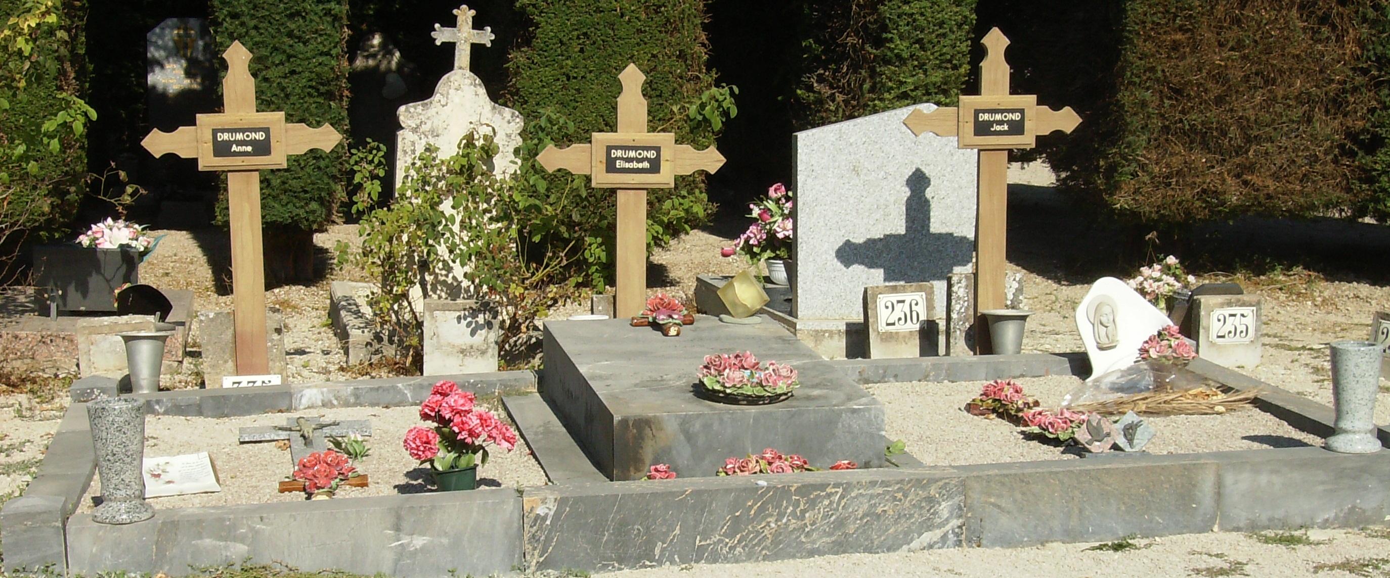 Tombe de la famille Drumond 2 août 1952