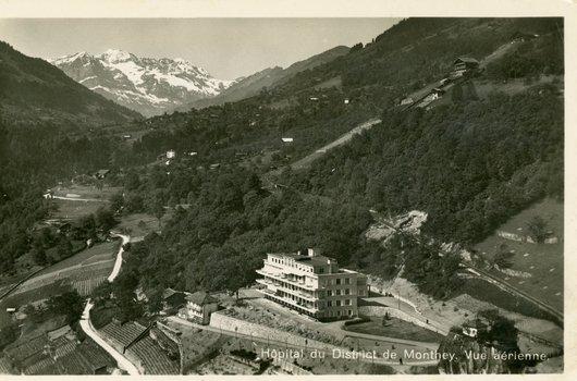 Hôpital du District de Monthey. Vue aérienne.